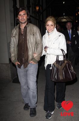 Шакира не хочет отдавать деньги бывшему возлюбленному
