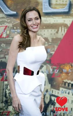 Анджелина Джоли стала самой влиятельной актрисой Голливуда