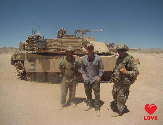 Брэд Питт научился управлять танком Брэд Питт. брэд пит фильм танк