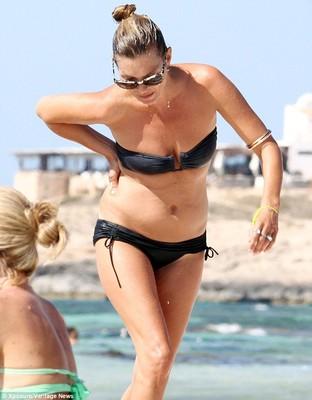 Кейт Мосс явно прибавила в весе