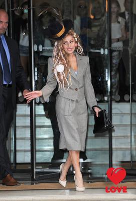 Lady Gaga - морская нимфа