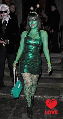Лили Аллен позеленела ради благотворительности