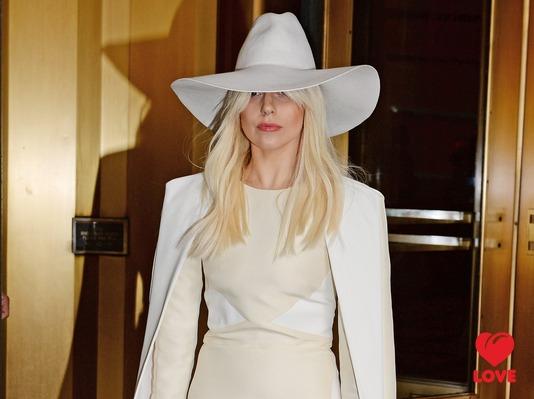 Lady Gaga хочет родить троих детей
