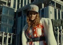 Певица Niloo выпустила клип на сингл Fake