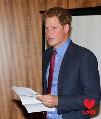 Принц Гарри не стал огорчать королеву