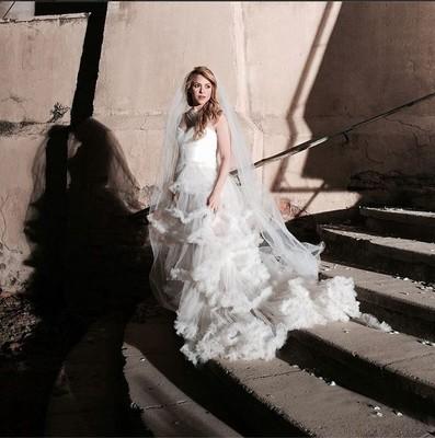 Шакира примерила свадебное платье