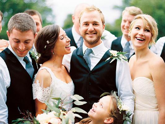 Дженнифер Лоуренс стала подружкой невесты