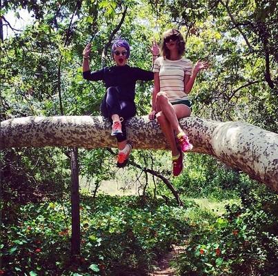 Келли Осборн и Тейлор Свифт проводят время вместе