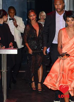 Сестра Бейонсе напала на Jay-Z!