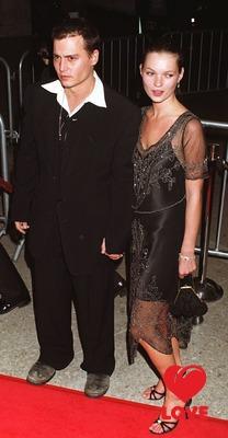 Депп и Мосс признаны самой стильной парой всех времен