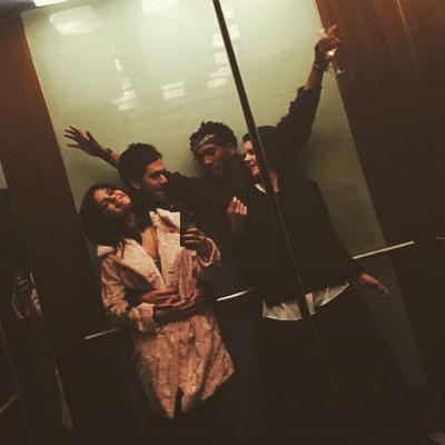 Селена Гомес и DJ Zedd с друзьями
