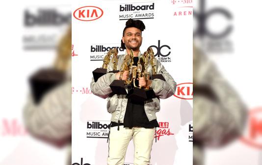 The Weeknd на премии Billboard Music Awards-2016
