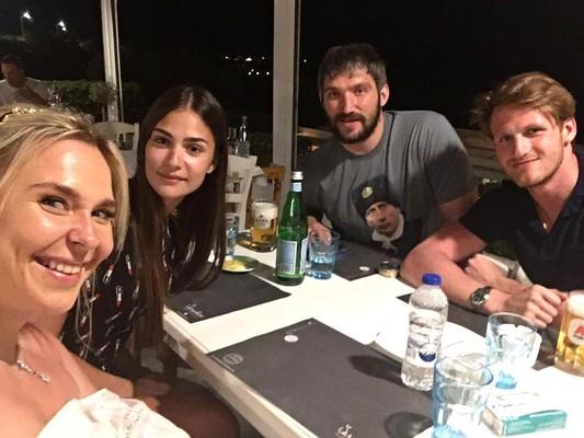 Пелагея, Анастасия Шубская, Александр Овечкин и Иван Телегин