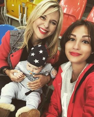 Пелагея с подругой Екатериной