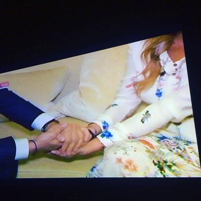 Андрей Малахов поддерживает Линдси Лохан на съемках программы «Пусть говорят»