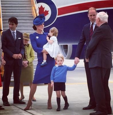 Кейт Миддлтон и принц Уильям вместе с детьми в Канаде