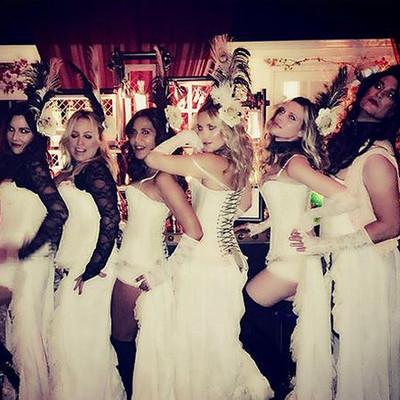 Кейт Хадсон с подругами