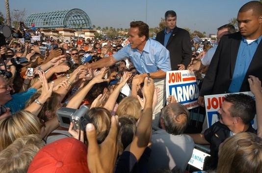 Арнольд Шварценеггер во время предвыборной кампании