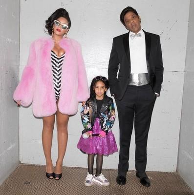 Бейонсе ее муж Джей Зи и их дочь Блу Айви