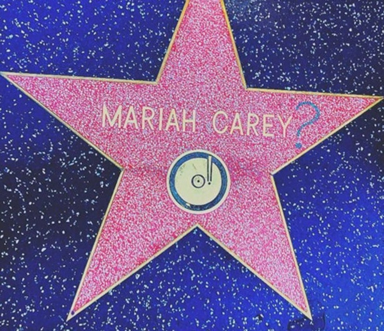 Звезда Мэрайи Кэри на Аллее славы