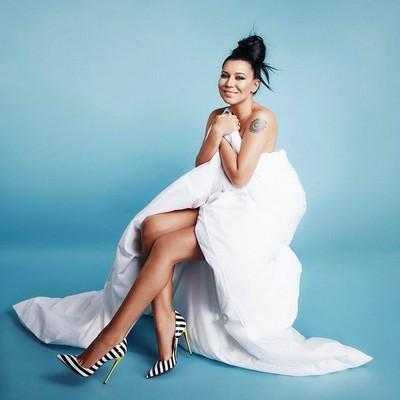 Елка голая фото певица