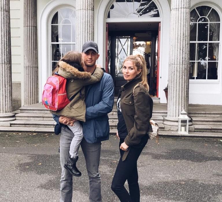 Алекс Смерфит и Виктория Боня с дочерью