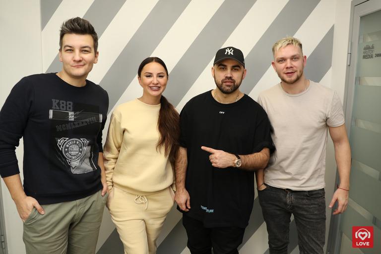 Artik & Asti и Красавцы Love Radio