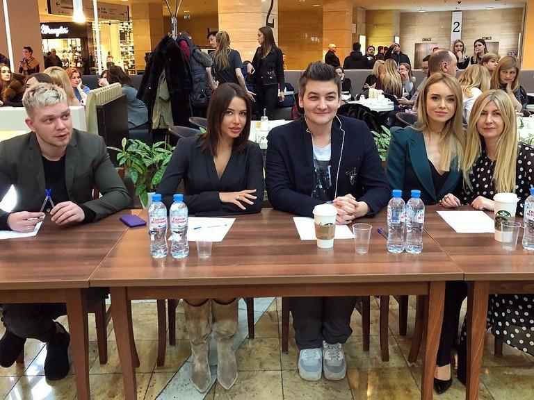 Денис Курочкин, Анастасия Решетова, Александр Соколов, Ксения Сухинова и Лариса Тихонова