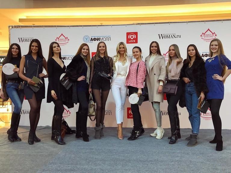 Финалистки кастинга и Мисс Россия 2017 Полина Попова