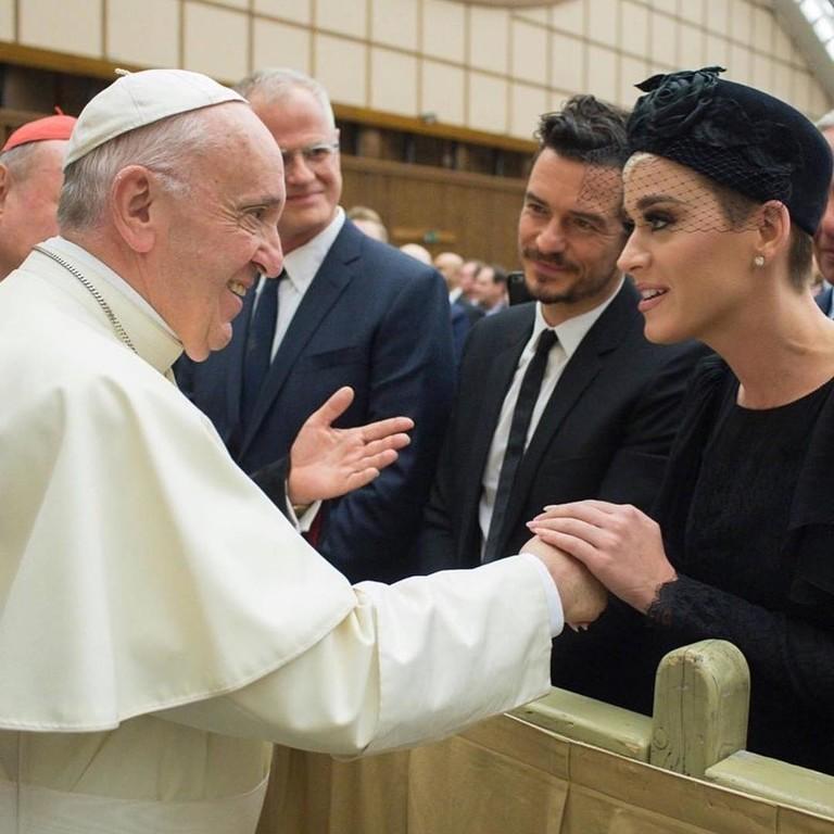 Кэти Перри и Орландо Блум на встрече с Папой Римским