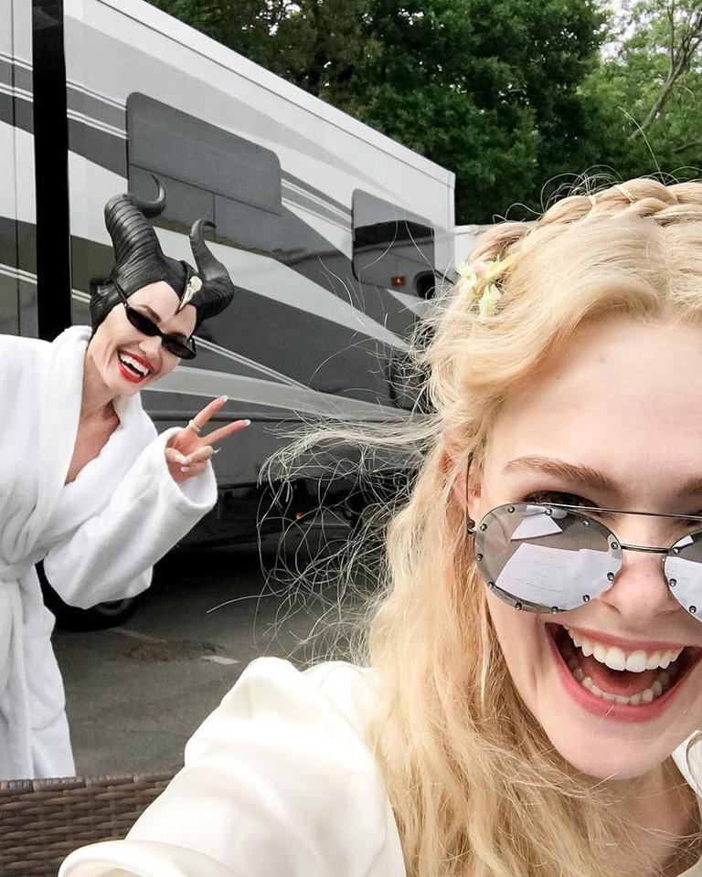 Анджелина Джоли и Эль Фаннинг