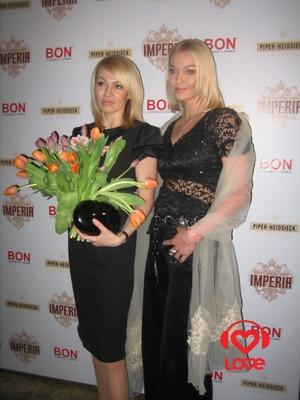 Яна Рудковская и Анастасия Волочкова