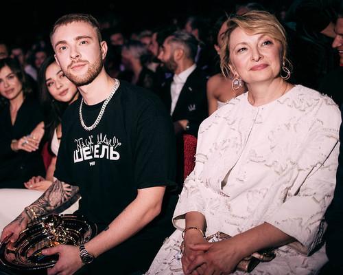 Егор Крид с мамой
