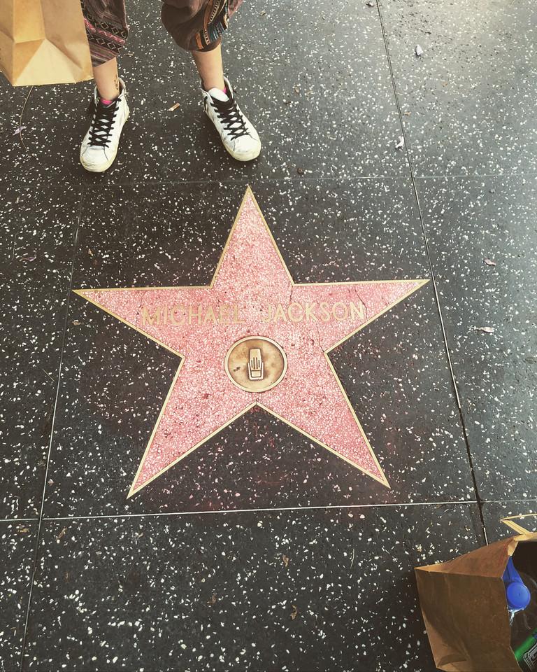 Пэрис Джексон отмыла звезду Майкла Джексон