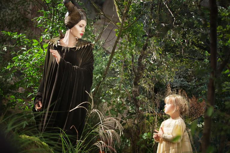 Анджелина Джоли и Вивьен в «Малефисенте»