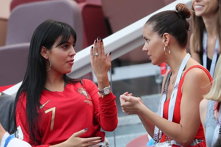 Джорджина Родригес с подругой