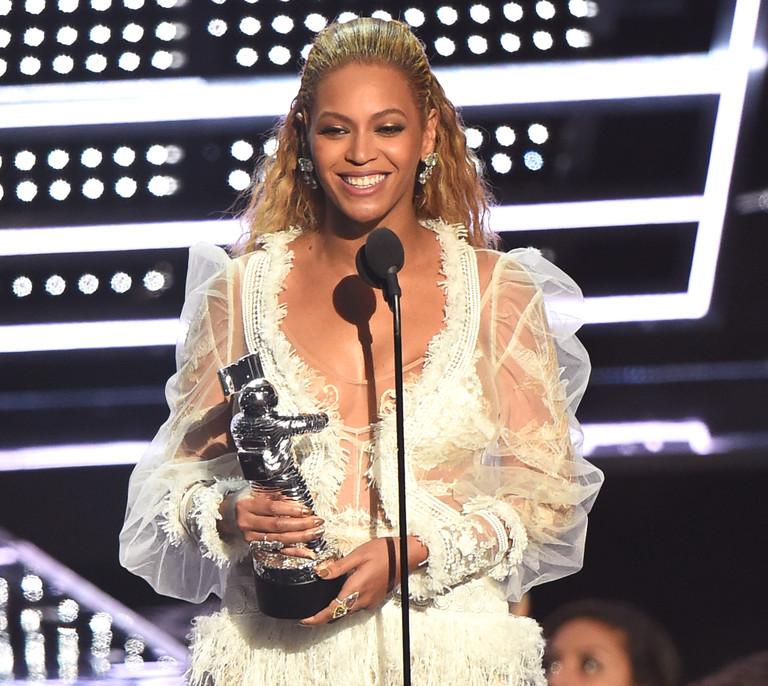 Бейонсе на VMA 2016
