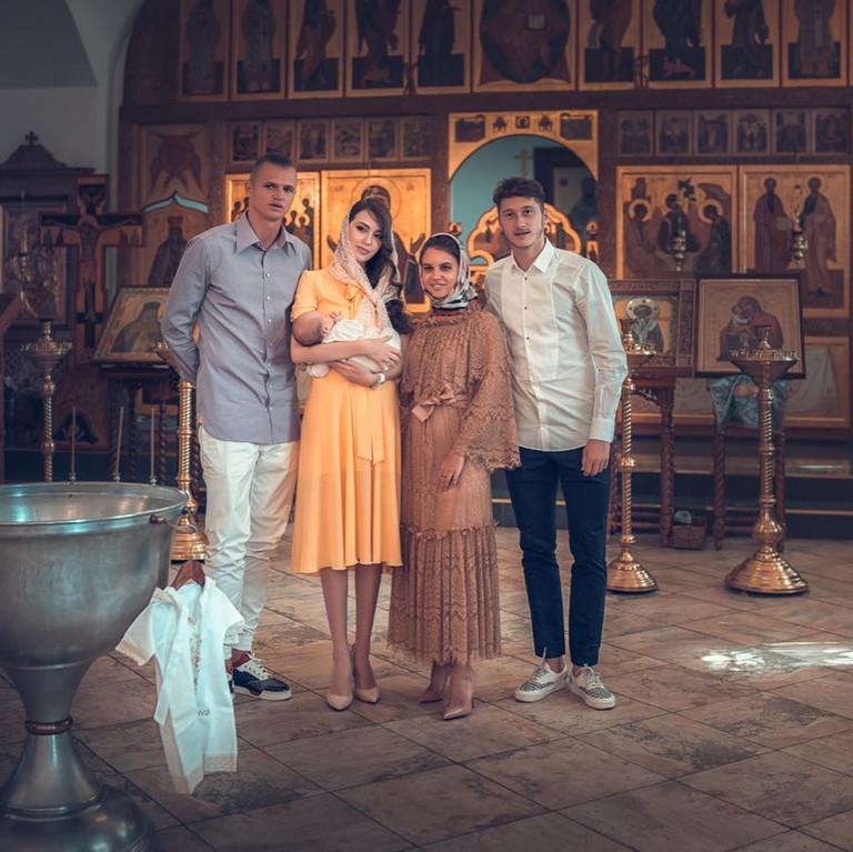 Дмитрий Тарасов и Анастасия Костенко крестили дочь