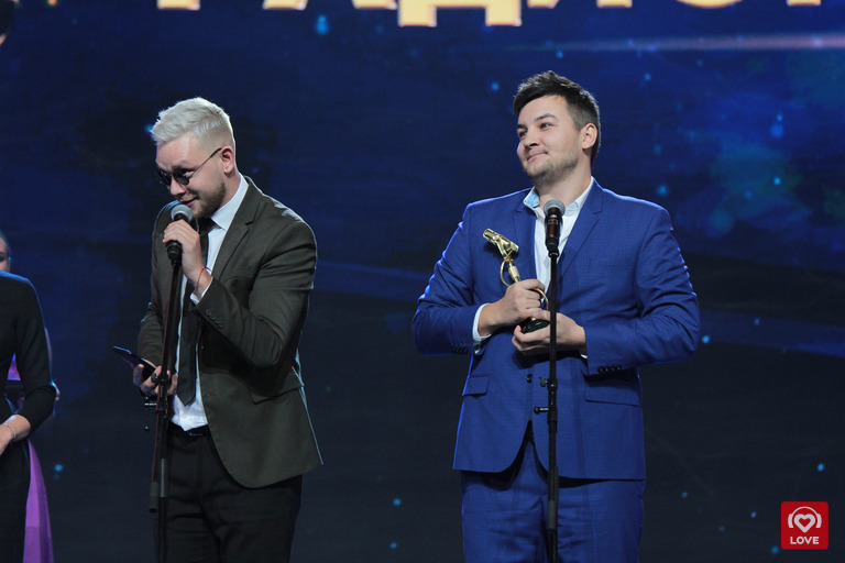 Красавцы Love Radio получают премию «Радиомания-2018»