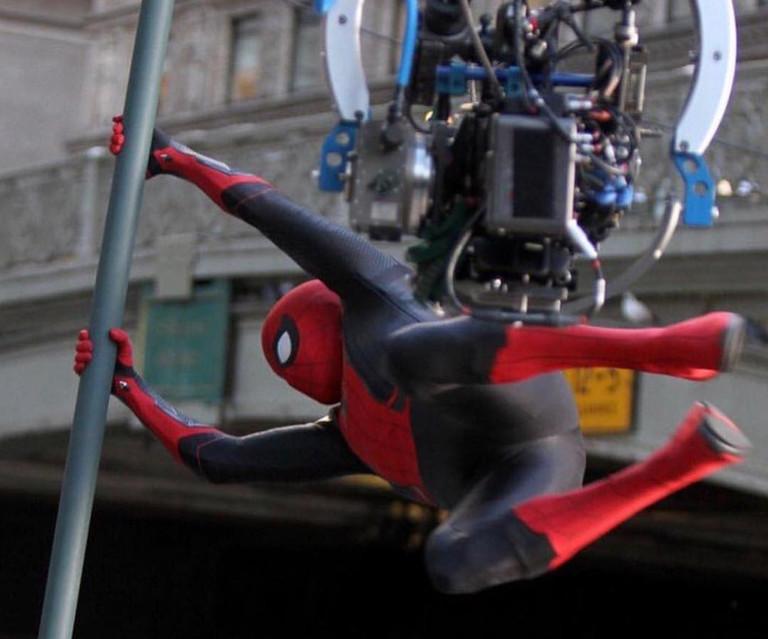 Том Холланд в роли Человека-паука