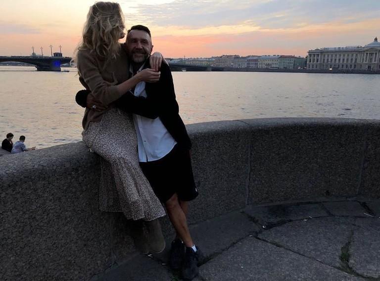 Сергей Шнуров с новой женой Ольгой Абрамовой