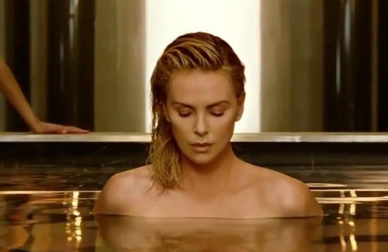 Шарлиз Терон в рекламе Dior