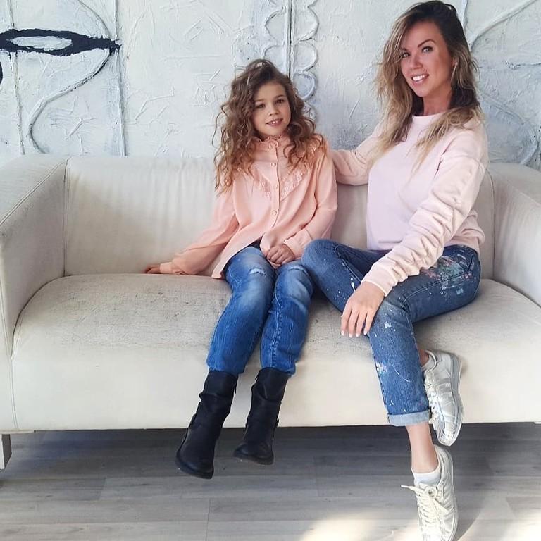 Ангелина Тарасова и ее мама Оксана