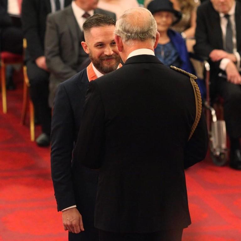 Принц Чарльз с Том Харди