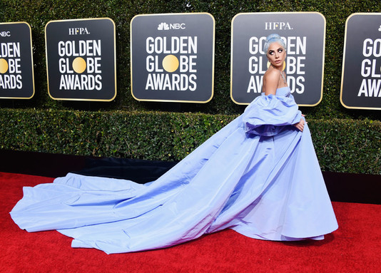Леди Гага на «Золотом глобусе»