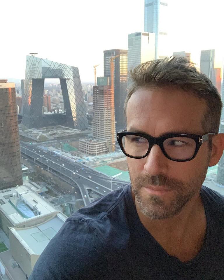 Райан Рейнольдс в Китае