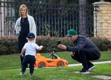 Рози Хантингтон-Уайтли и Джейсон Стэтхэм с сыном