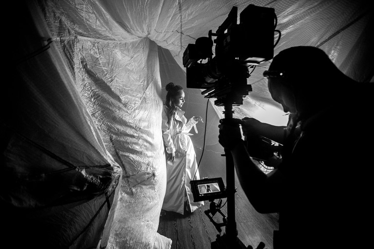 Эксклюзивный бэкстейдж со съемок клипа Мари Краймбрери