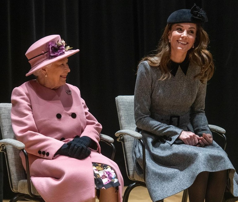 Елизавета II и Кейт Миддлтон