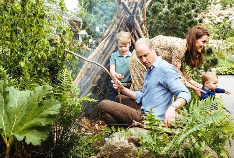 Принц Джордж, принц Уильям, Кейт Миддлтон и принц Луи